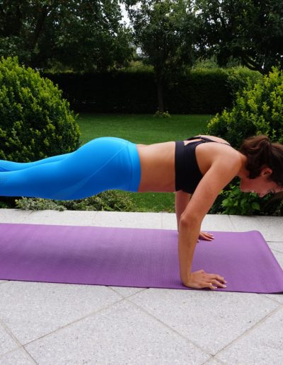 Stabilisations Rückenübung Fitnesstraining Stefanie Diem